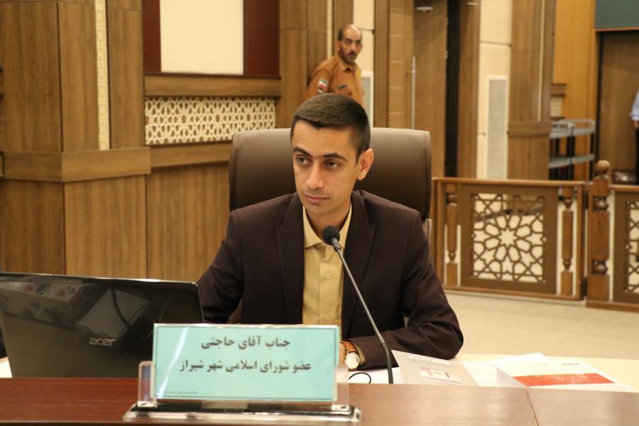 فرماندار شیراز: مهدی حاجتی از شورای شهر سلب عضویت نشده