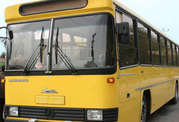 مصدومیت ۱۳ نفر در شیراز بر اثر برخورد دو اتوبوس درون شهری