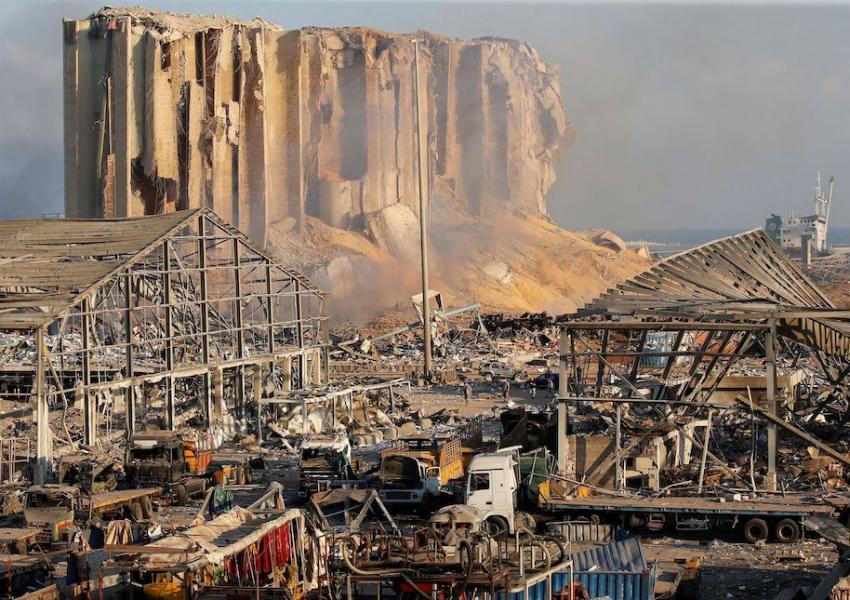 رییس جمهوری لبنان: احتمال مداخله خارجی در انفجار بیروت بررسی میشود