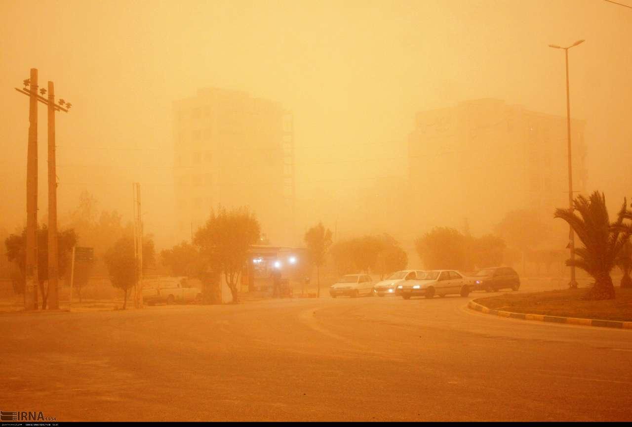 عذرخواهی وزیر نیرو از مردم خوزستان به دلیل بحران قطع آب و برق