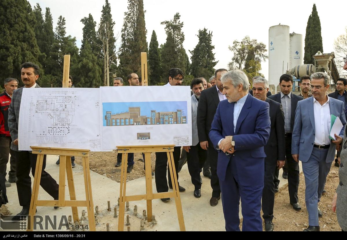 بازدید معاون رئیس جمهور از دو پروژه گردشگری شیراز