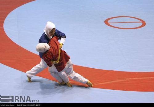 ورزشکار مرودشتی مدال برنز کشتی آلیش بانوان داخل سالن آسیا را کسب کرد