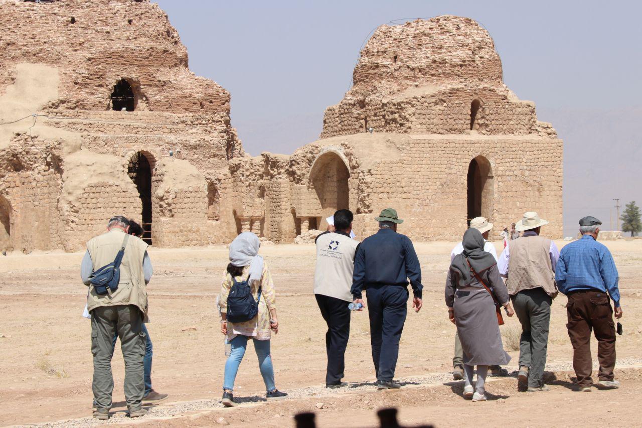 بررسی میدانی ثبت پنج اثر تاریخی فارس در میراث جهانی پایان یافت