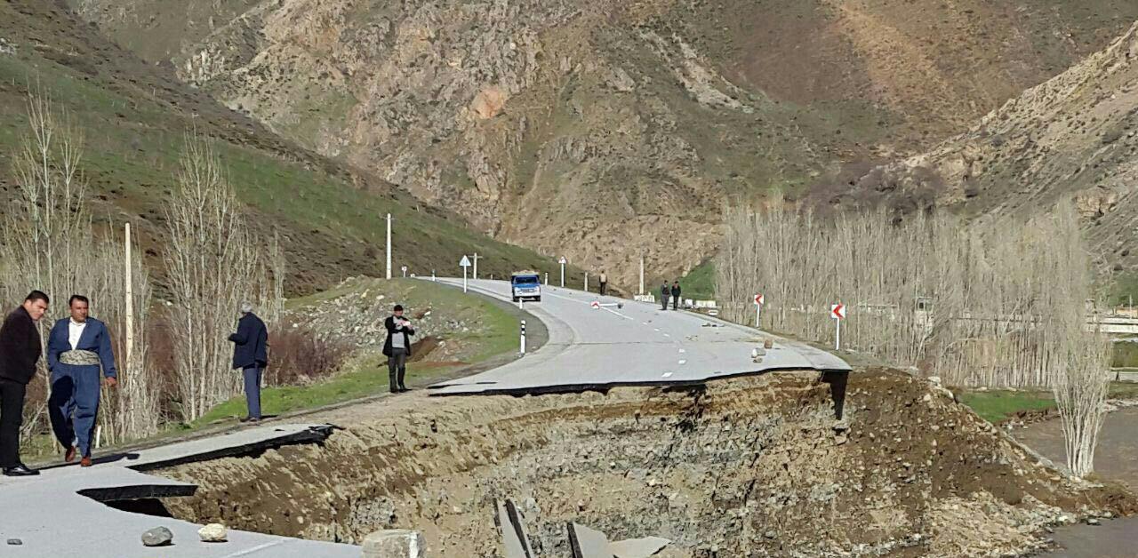 سیل در چهار استان غربی بیش از ۴۰ نفر را کشت