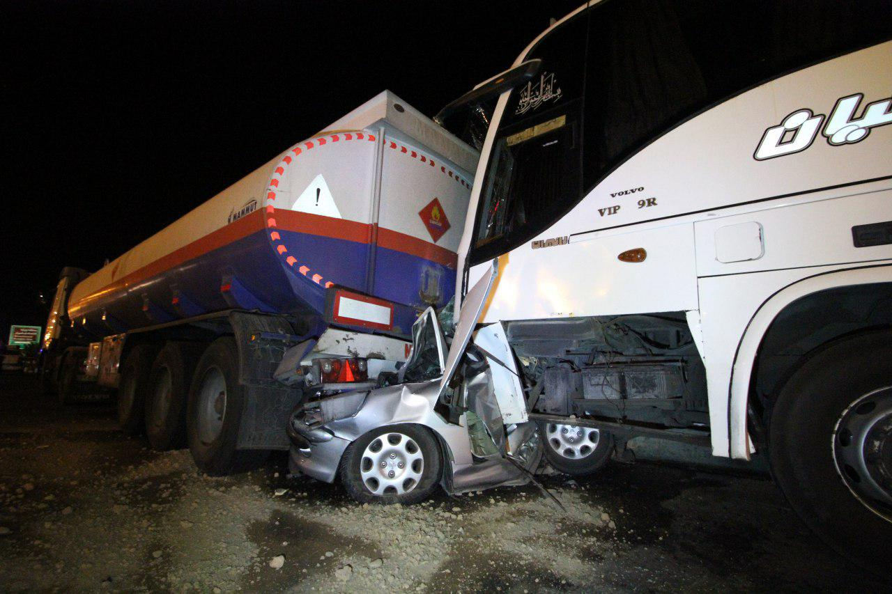 تصادف اتوبوس مسافربری و سه خودروی دیگر در شیراز