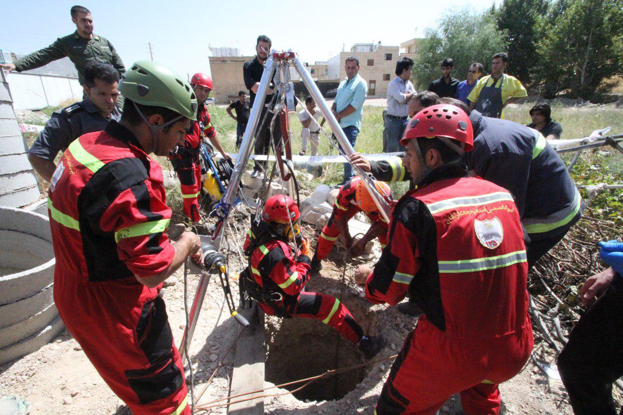 مرگ دو کارگر در شیراز بر اثر ریزش چاه