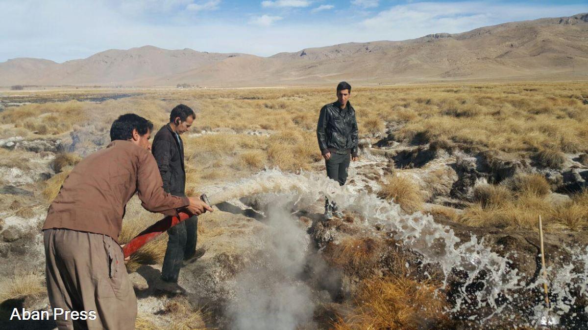 ادامه خودسوزی بیشه زار قدم آباد در اقلید فارس