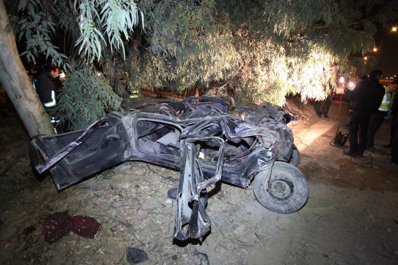 واژگونی مرگبار خودرو در شیراز باعث مرگ ۳ جوان شد