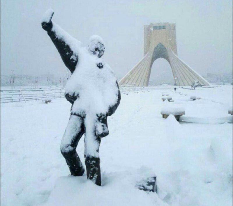 آلبوم عکس؛ بارش برف در تهران و کرج