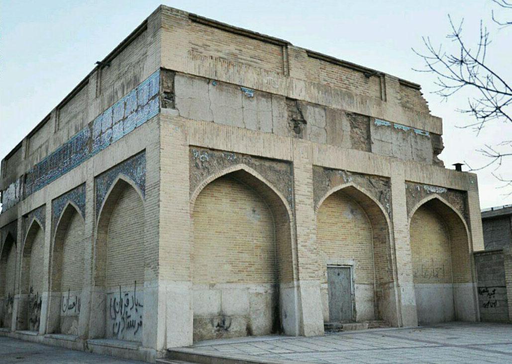 مقبره تنها فرمانروای زن فارس در آستانه ویرانی