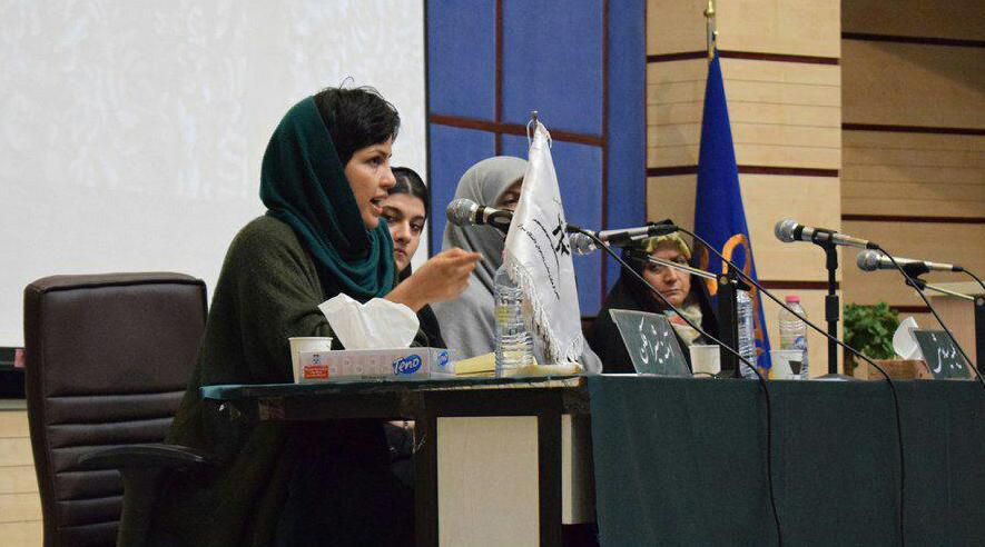 «دختران خیابان انقلاب پاسخی به ۴ دهه تحقیر است»