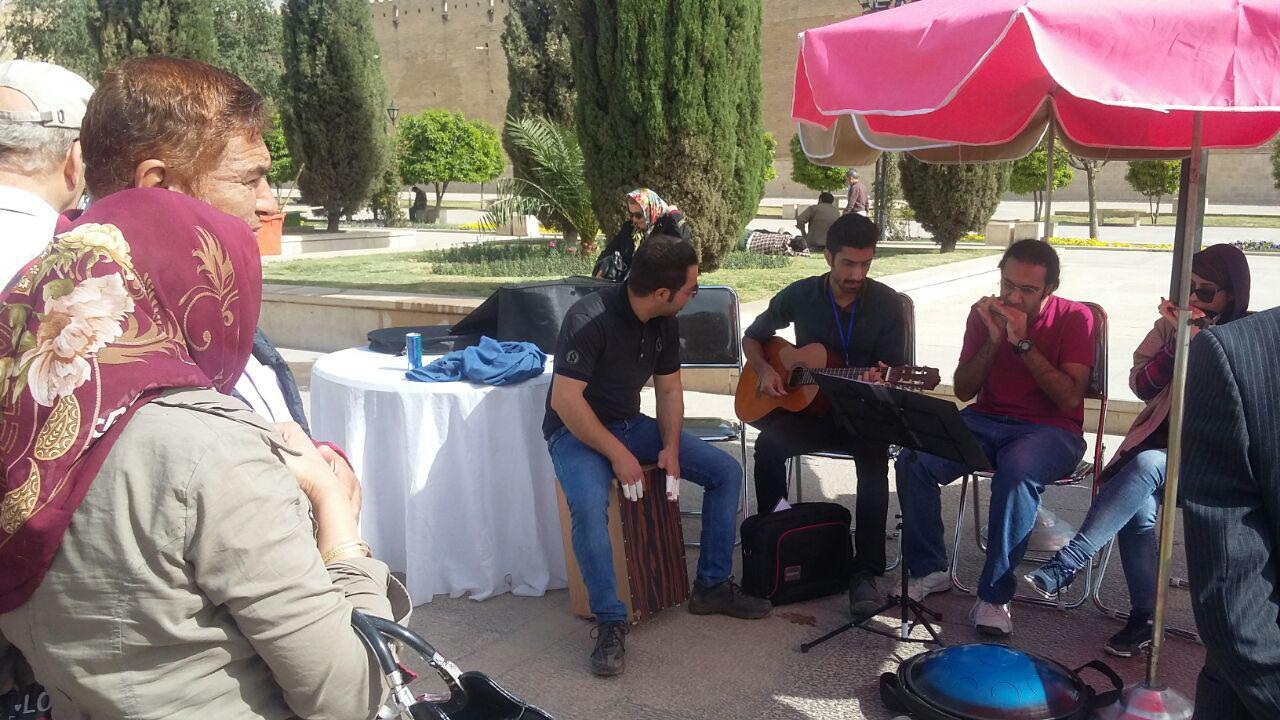 فعالیت سه گذر هنری در شیراز