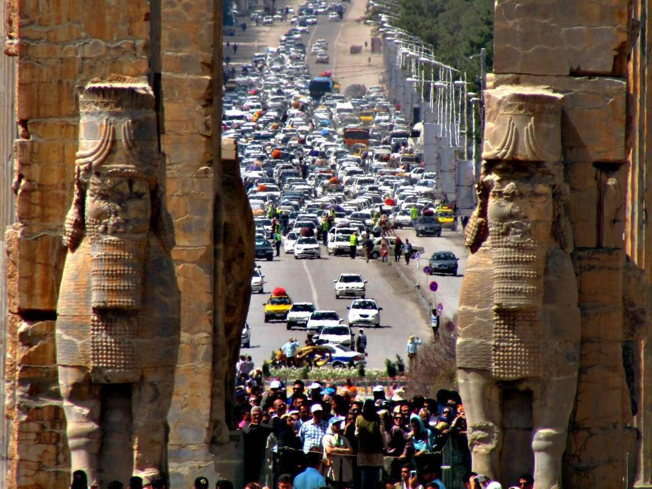 تعطیلی اماکن تاریخی فارس در روزهای ۱۸ و ۱۹ شهریور