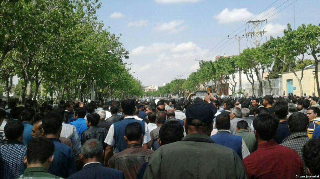 امام جمعه اصفهان معترضان به کم آبی را «فتنه گر» نامید