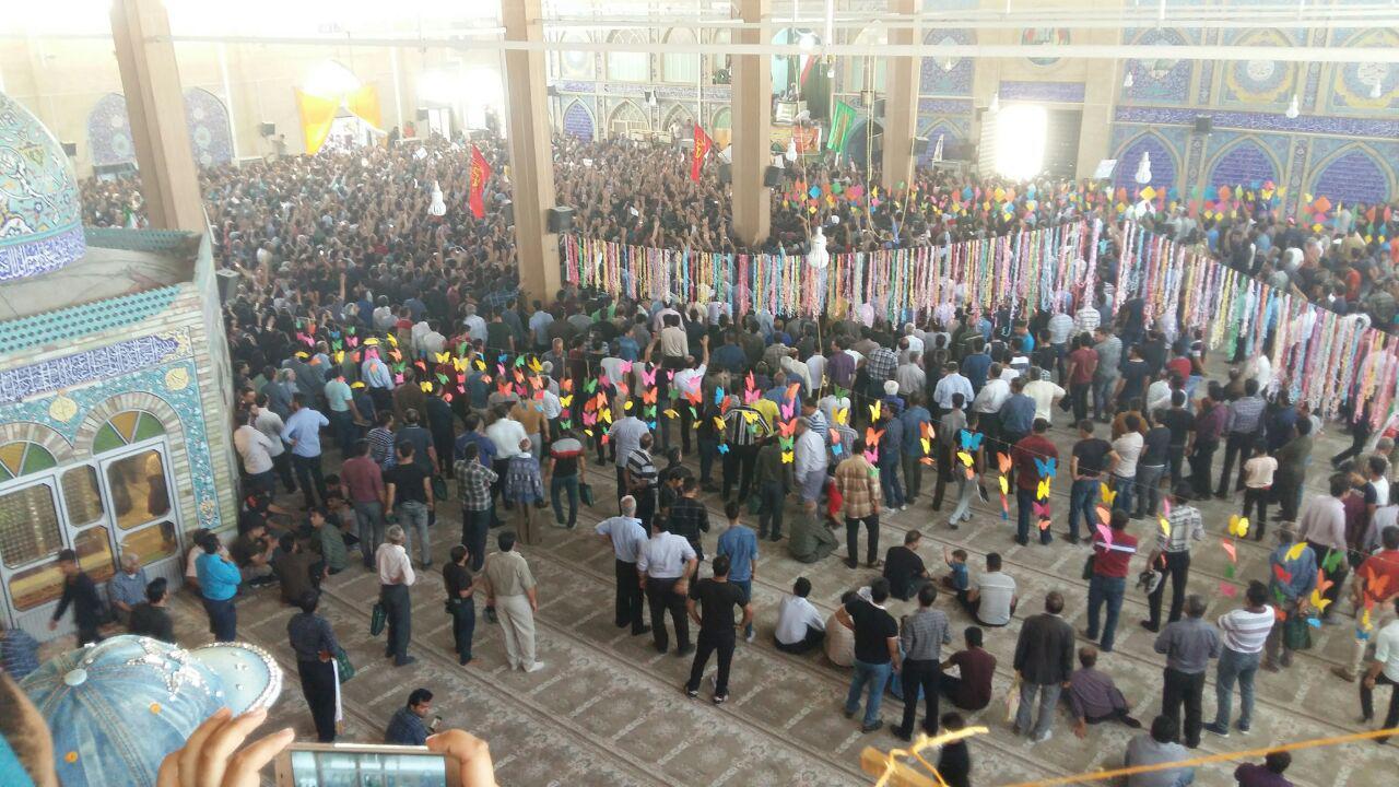 ششمین روز اعتراض کازرونیها به نماز جمعه کشیده شد