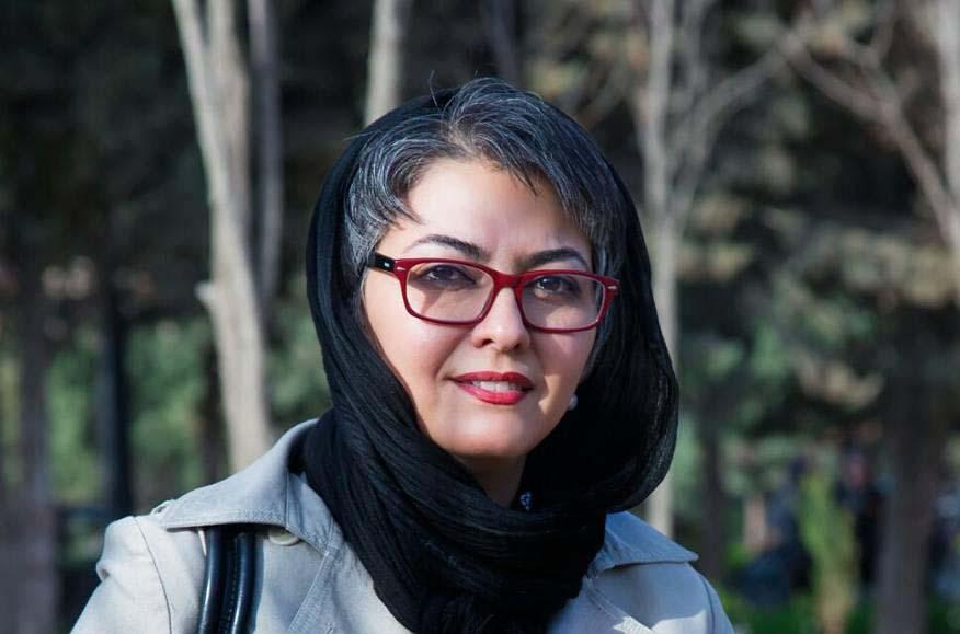 آناهیتا همتی خطاب به روحانی: به مراسم افطاری شما نمیآیم