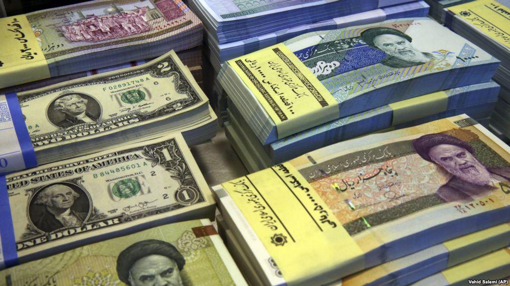 ثبت رکورد جدید برای دلار در بازار ایران: ۸ هزار تومان