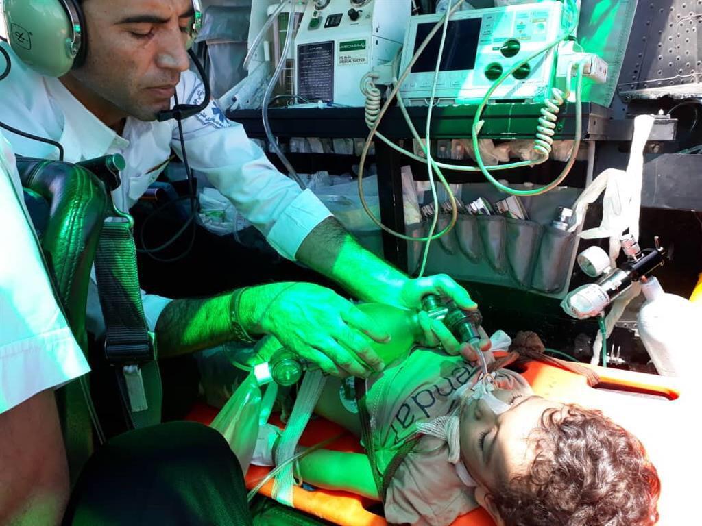 کودک ۲ ساله دارابی در آستانه خفگی نجات یافت