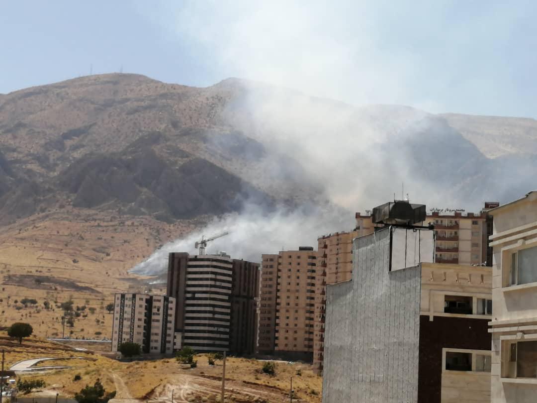 آتشسوزی در کوه دراک و بازار انقلاب شیراز