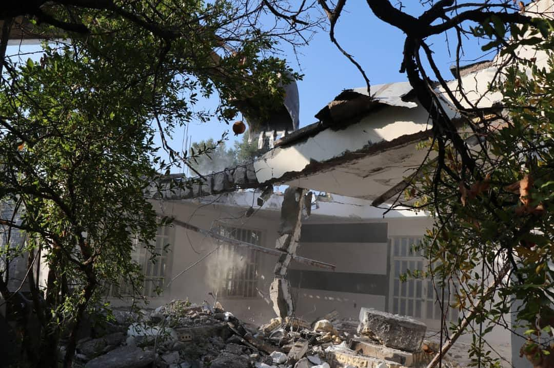 تخریب ساخت و ساز در یکی از باغهای قصردشت شیراز