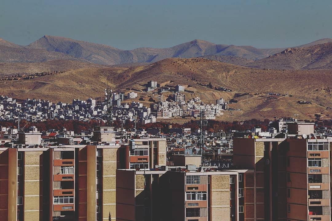 کوههای شیراز در تسخیر ساختمانها