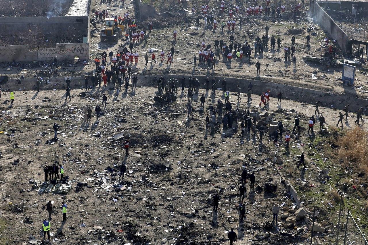 ستادکل نیروهای مسلح ایران: هواپیمای اوکراینی با اصابت موشک سقوط کرد