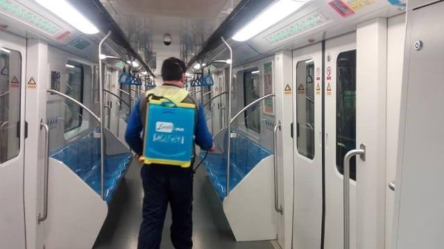 ضدعفونیکردن متروی شیراز برای مقابله با کرونا