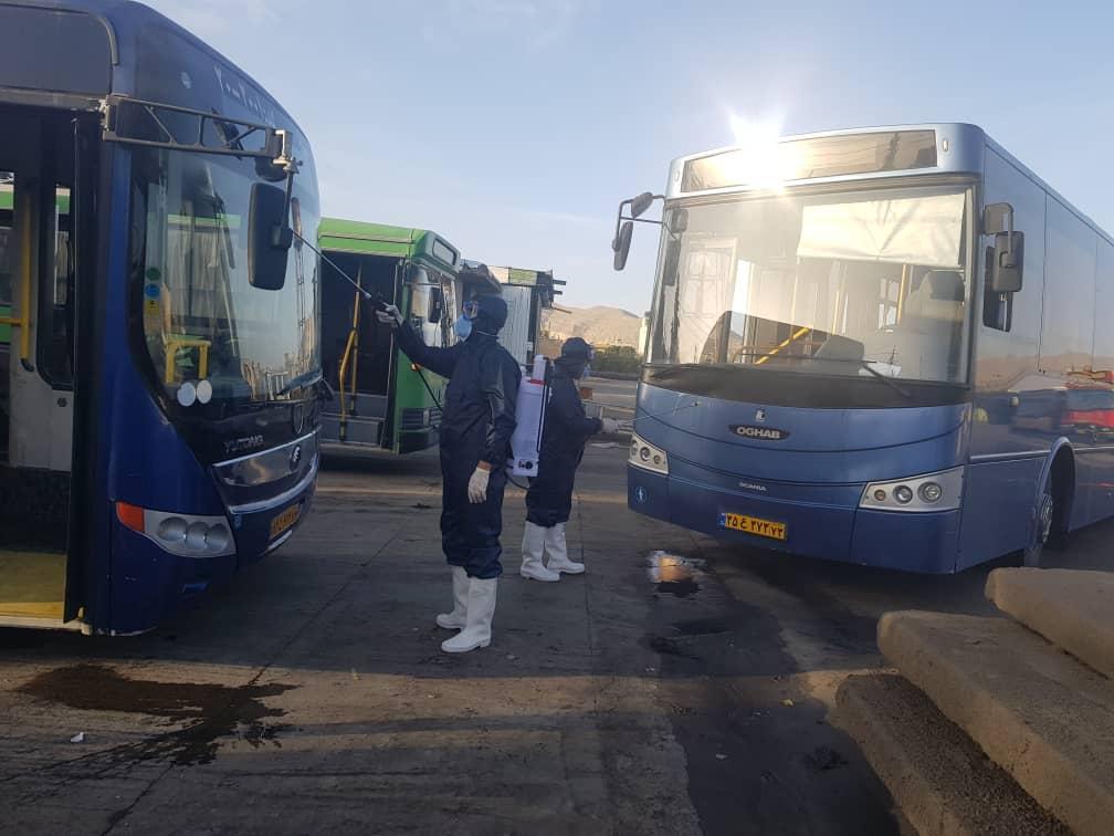 ضدعفونی و گندزدایی اتوبوسها، مترو و سرویسهای بهداشتی در شیراز برای مقابله با کرونا
