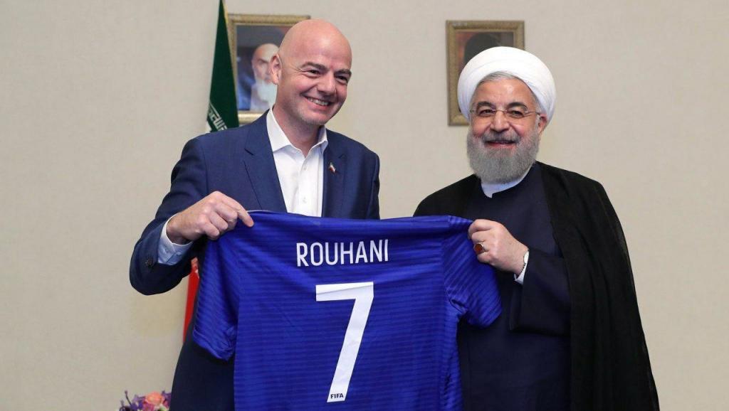 رییس فیفا: حسن روحانی وعده داده که زنان به زودی وارد ورزشگاهها شوند