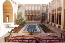 فیلم «شیراز تا یزد: یک لحظه بیپایان» جلوی دوربین میرود