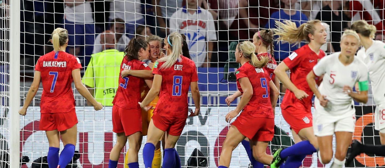 جام جهانی فوتبال زنان: آمریکا با شکست انگلیس فینالیست شد